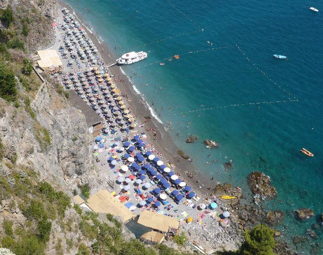 Matrimonio Spiaggia Positano : Matrimonio in spiaggia costiera amalfitana torre sul mare