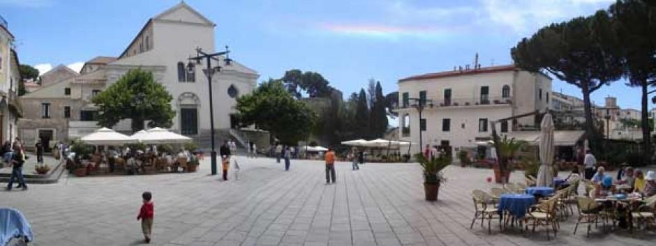 piazza_ravello.jpg